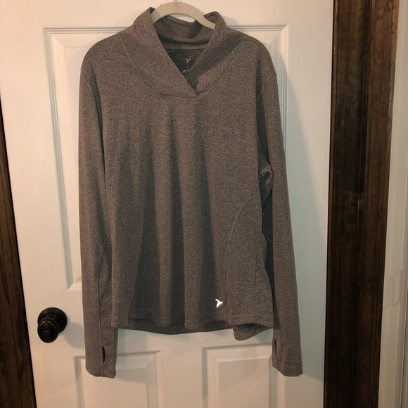 Old Navy Tops - Gray Old Navy active wear top, size XL